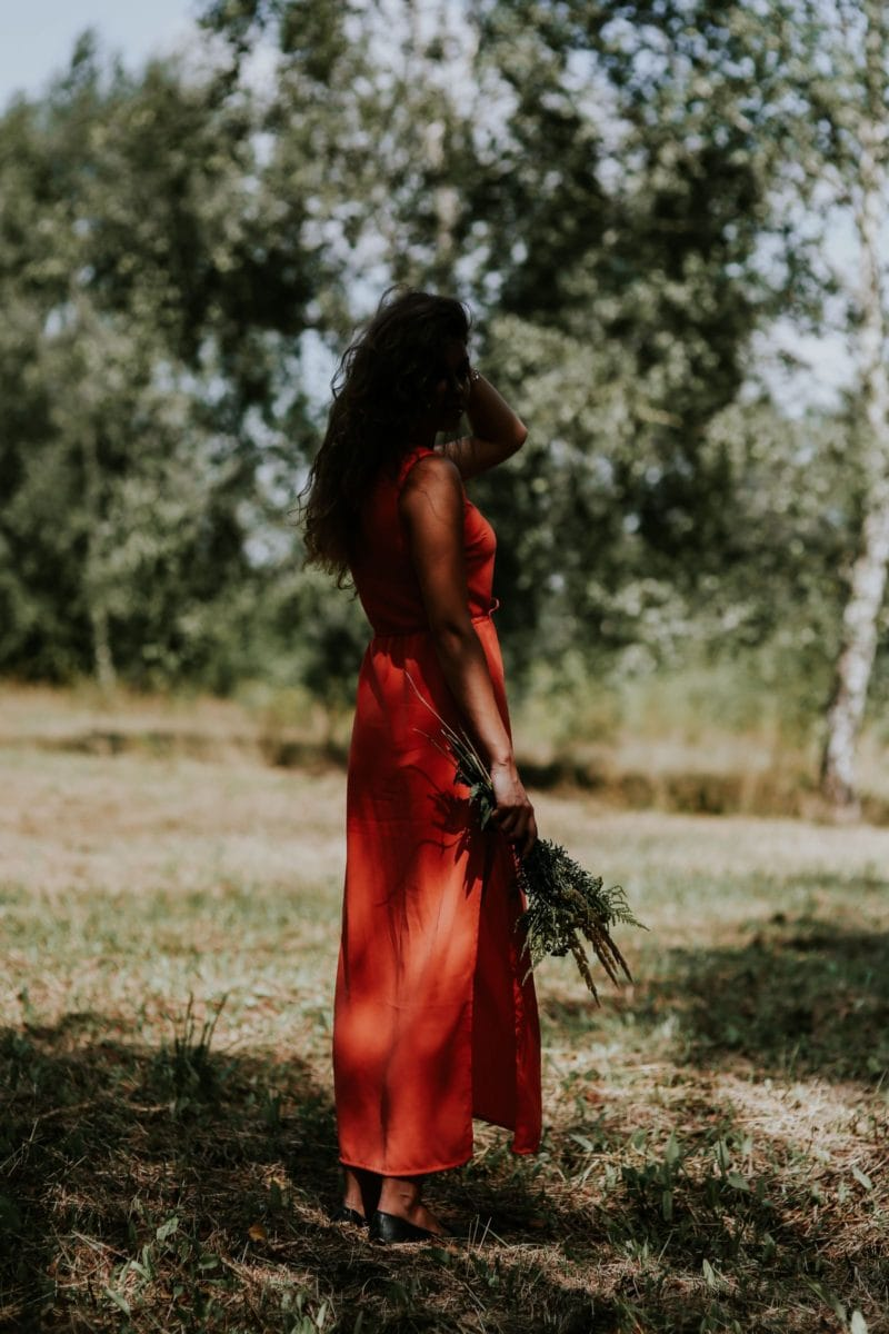 7 THINGS TO DO WHEN YOU ARE WAITING FOR LOVE