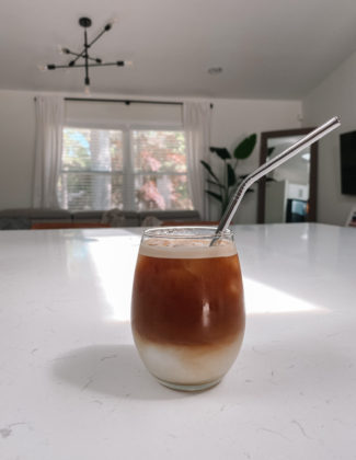homemade-vanilla-iced-latte
